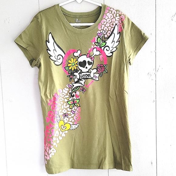 🌴 NWOT Green T-Shirt W/Skull ☠